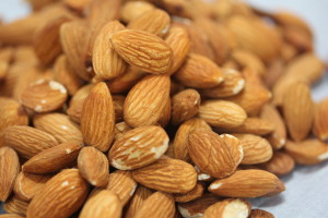 Almonds for Sbrisolona