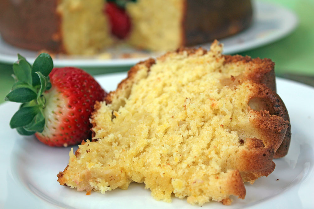 Ciambella all'Arancia (Orange Scented Olive Oil Cake) -